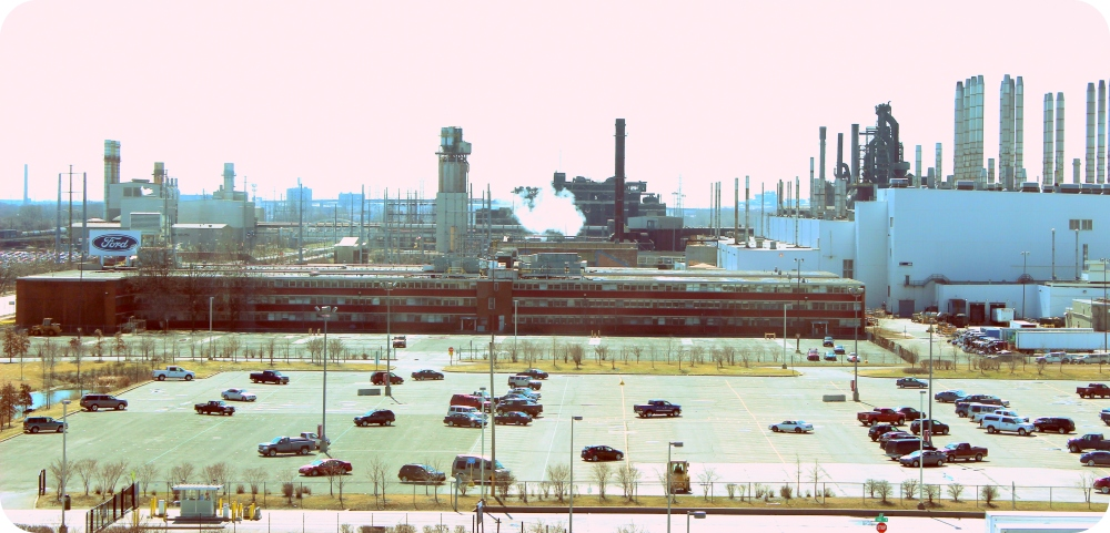 Ford_Rouge_Plant_-_panoramio