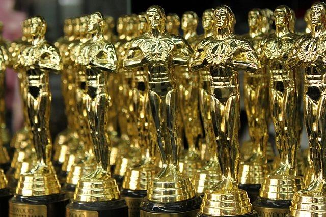 18352_academy_awardsp